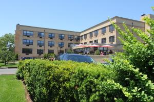 Nursing Home - Garden Care Center